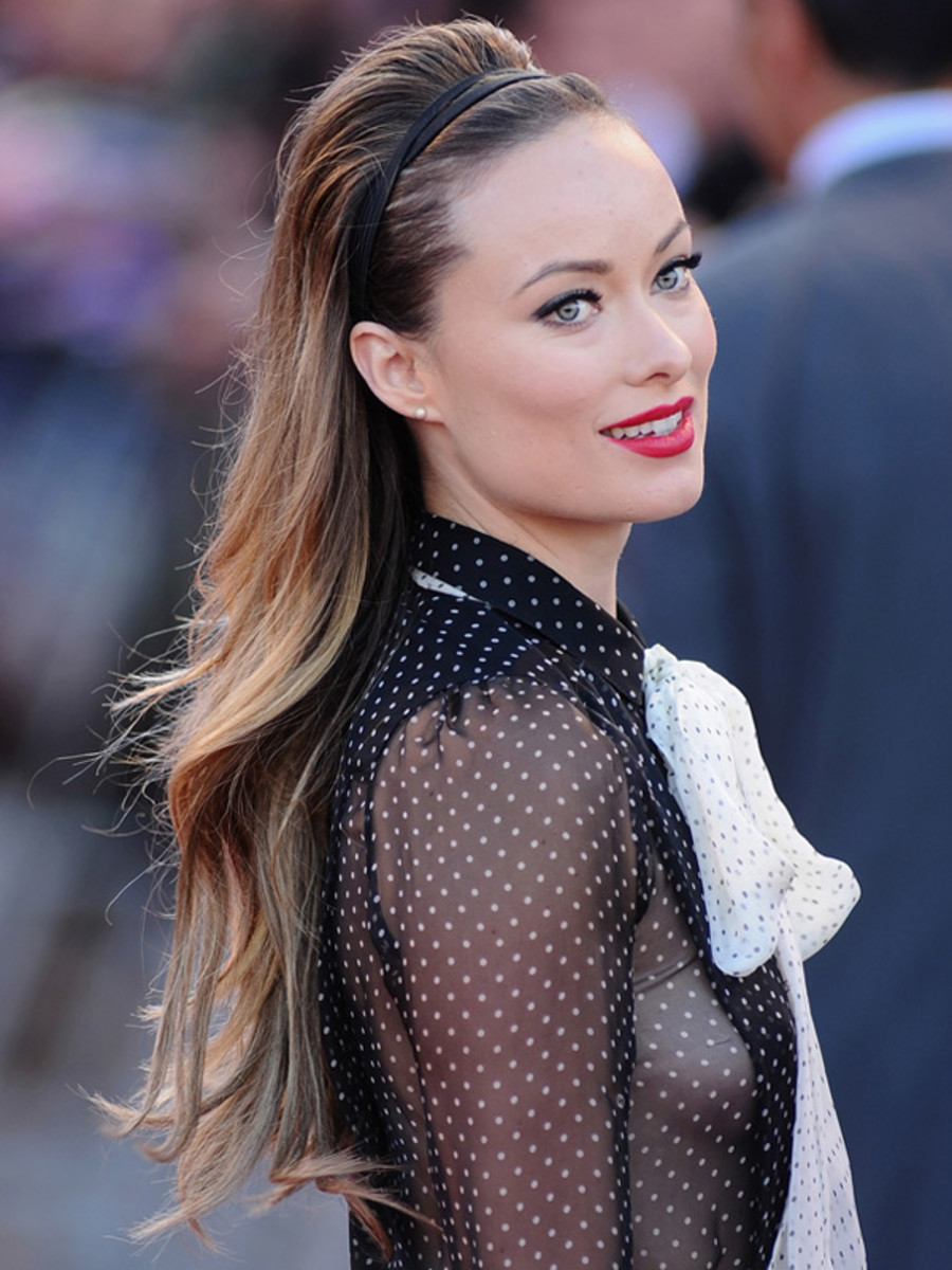 Olivia-Wilde-Cowboys-and-Aliens-premiere-UK-3