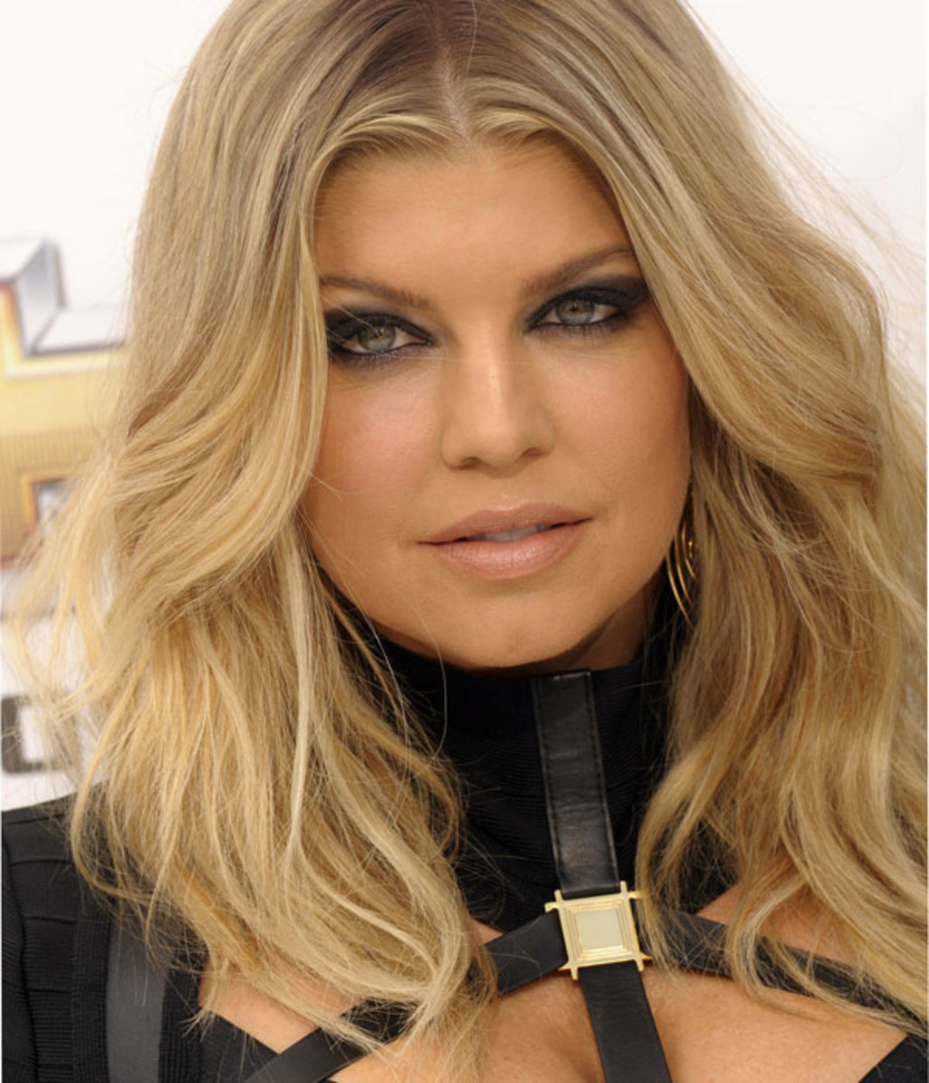 Fergie-Billboard-Music-Awards-2011