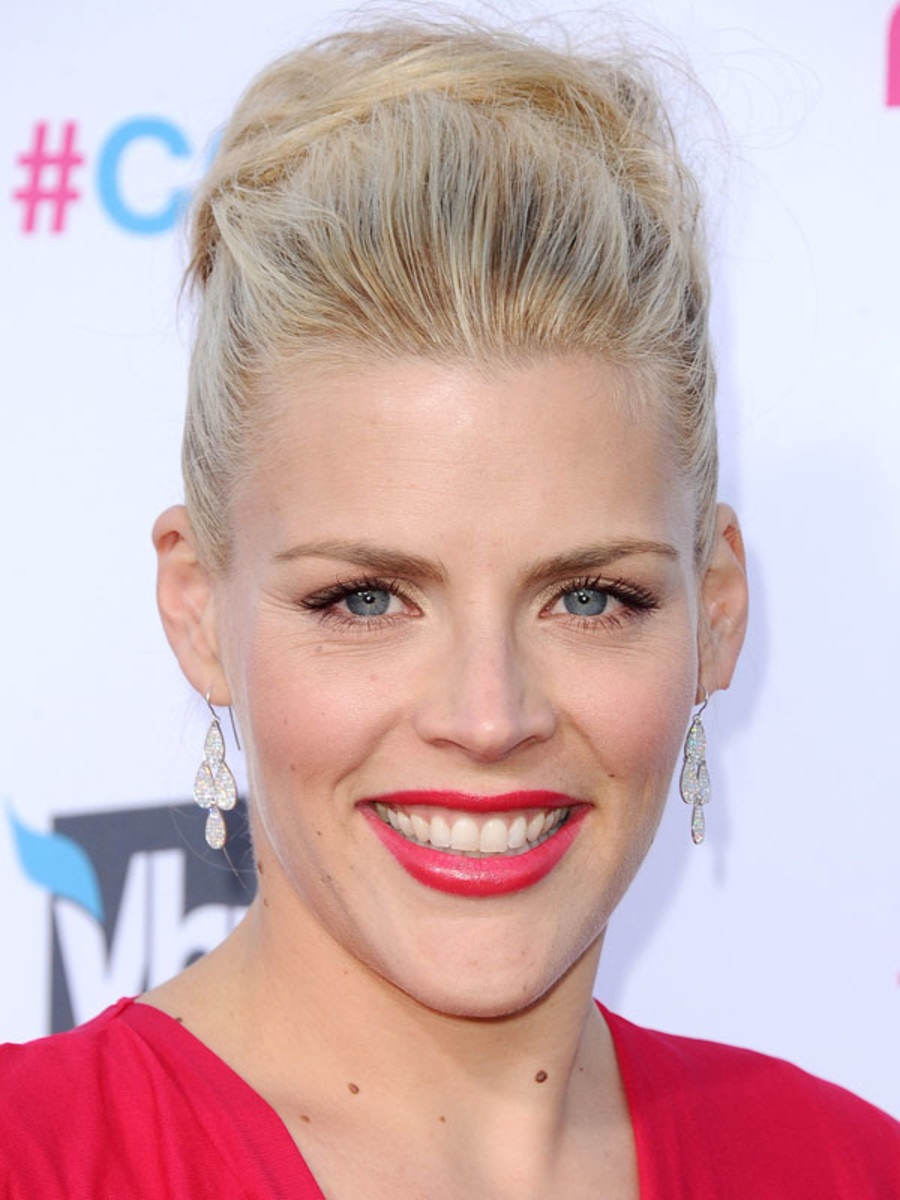 Critics-Choice-Awards-2012-Busy-Philipps