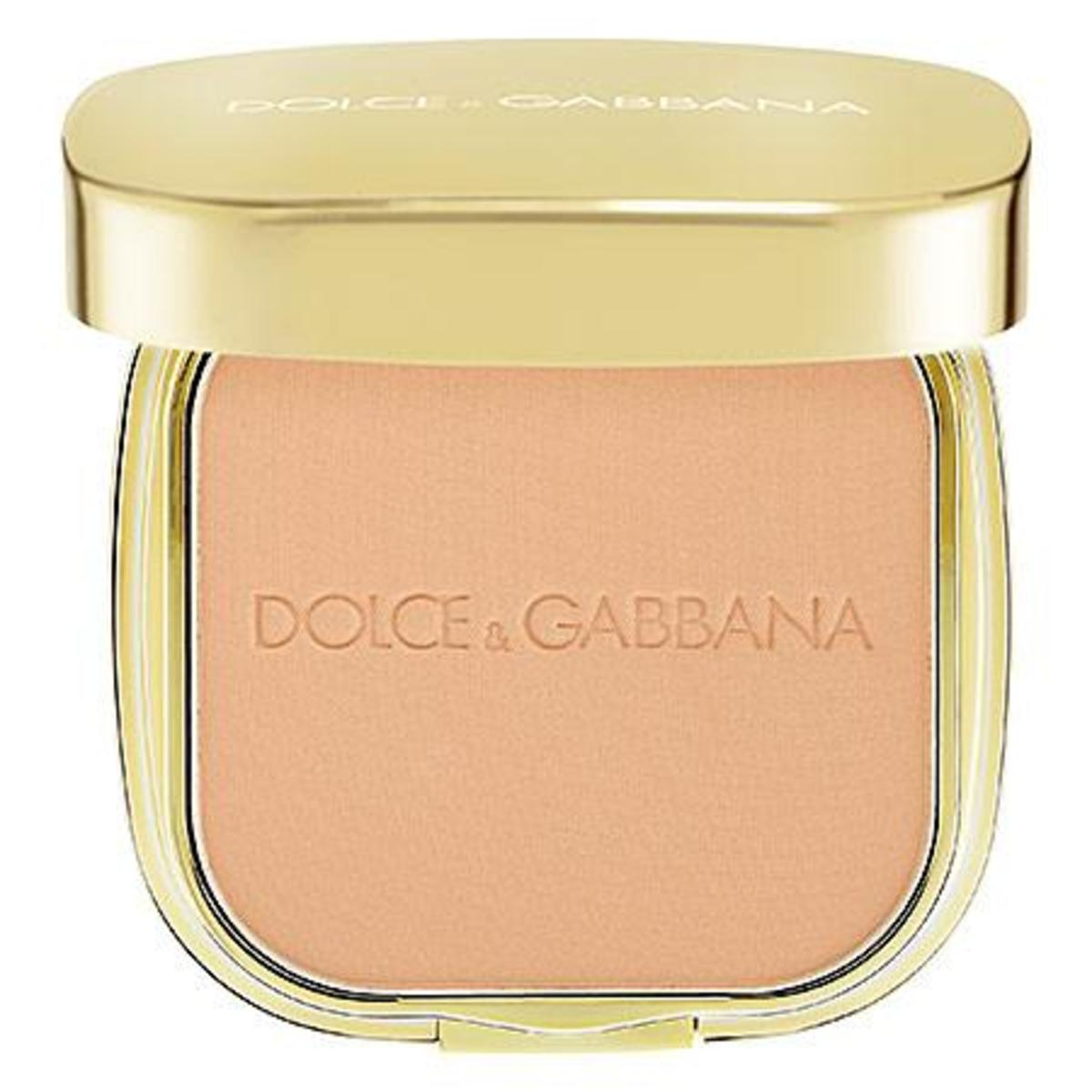 Dolce & Gabbana The Foundation Perfect Finish Powder Foundation in Creamy 80