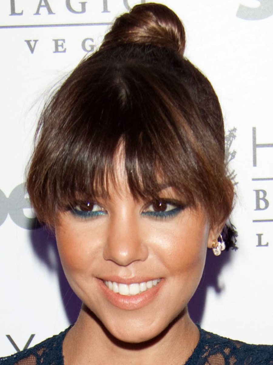 Kourtney Kardashian heart face bangs