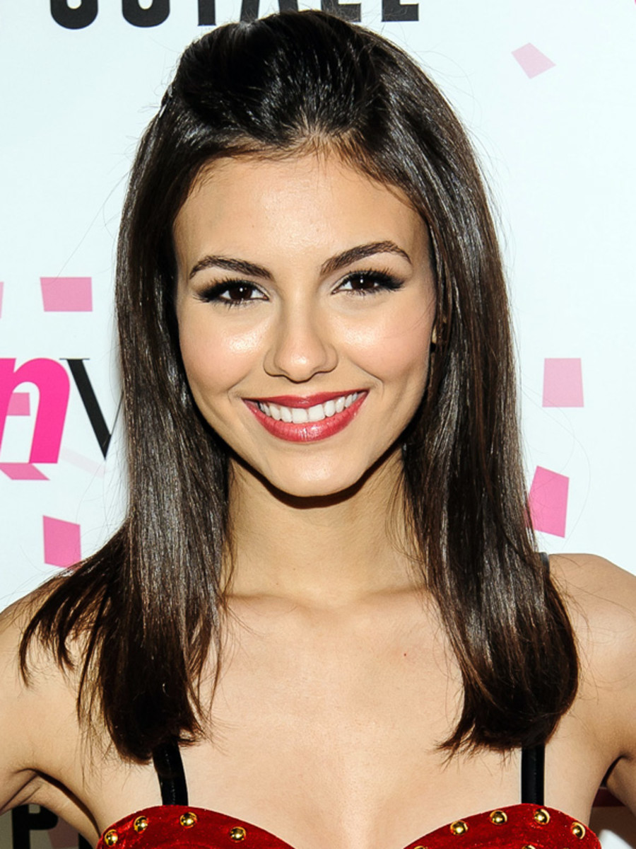 Victoria Justice - Teen Vogue 10th anniversary - Feb 2013