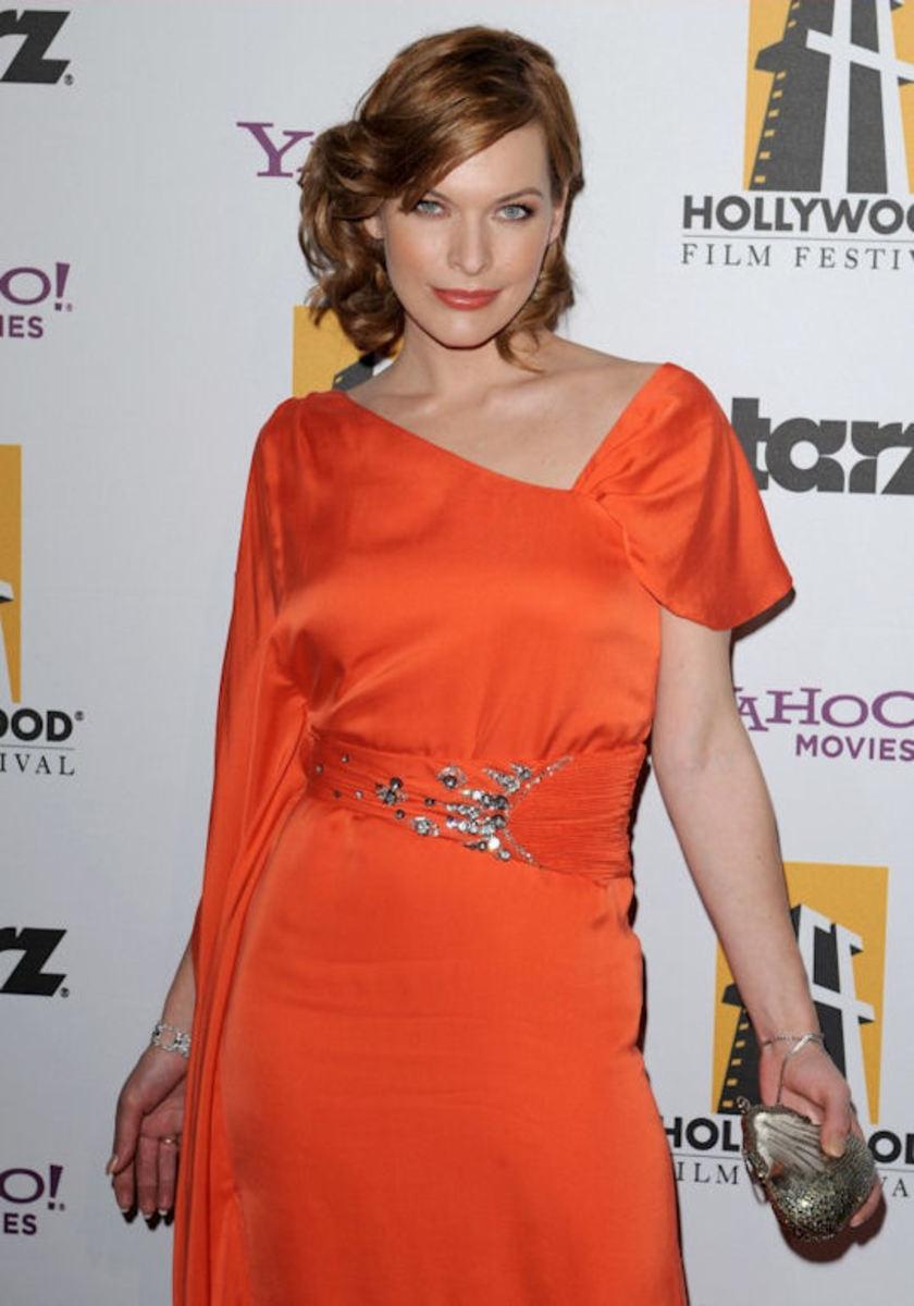 Mila-Jovovich-Hollywood-Awards-Gala-2