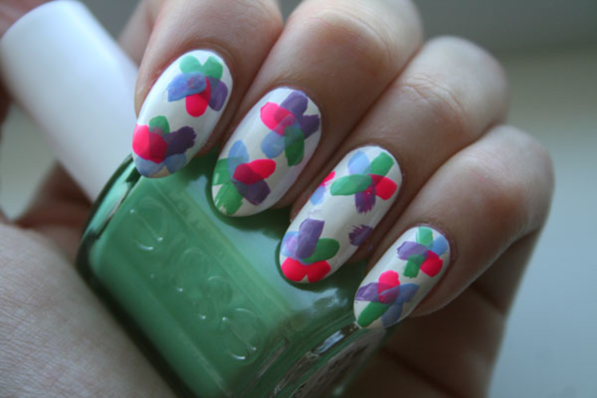 Floral nail art tutorial - step 3