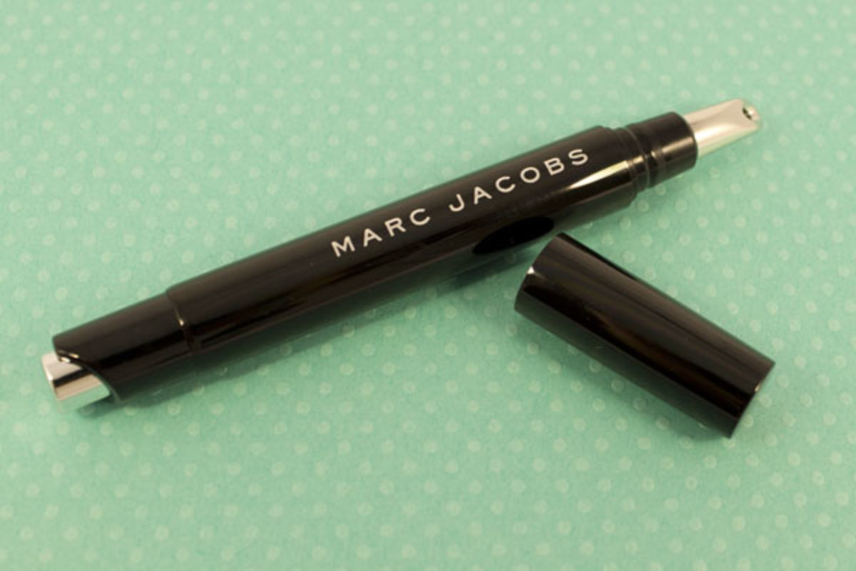 Marc Jacobs Remedy Concealer Pen