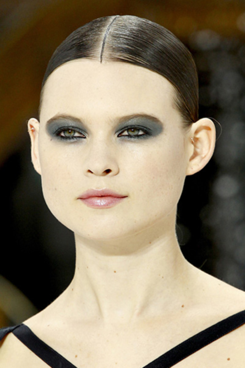 Chanel-SS-2011-makeup-1