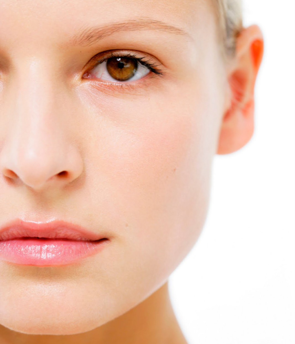 Flawless Skin: Should You Self-Treat Your Acne Or Go See A Dermatologist