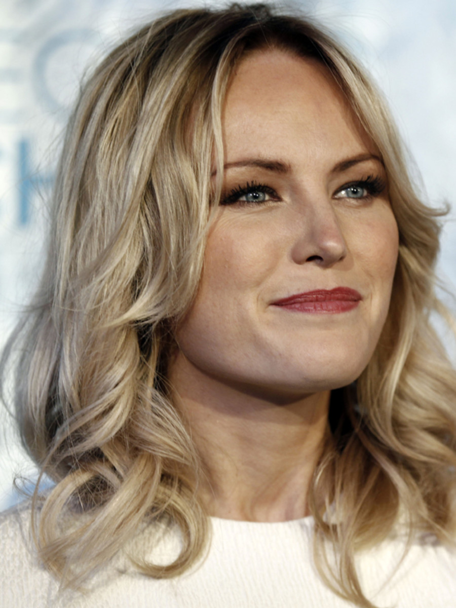 Malin-Akerman-Peoples-Choice-Awards-Jan-2011