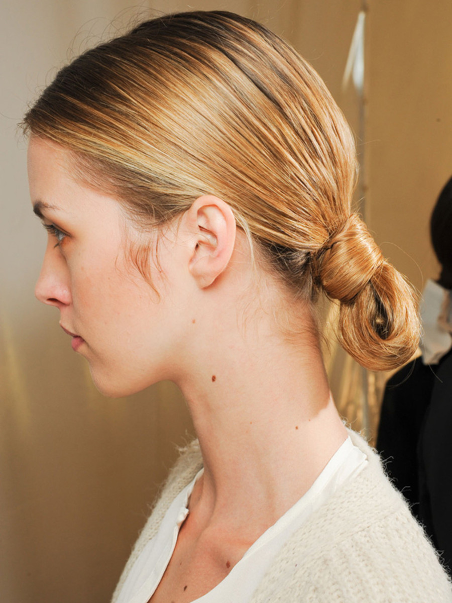 Carolina Herrera - Spring 2012 hair