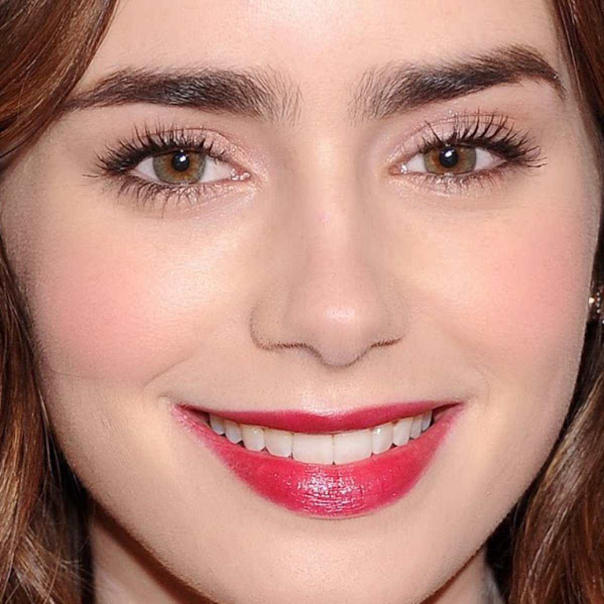 Lily Collins makeup, Glamour Women of the Year awards, 2013 (3)