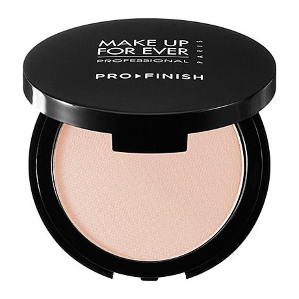 Make Up For Ever Pro Finish Multi-Use Powder Foundation