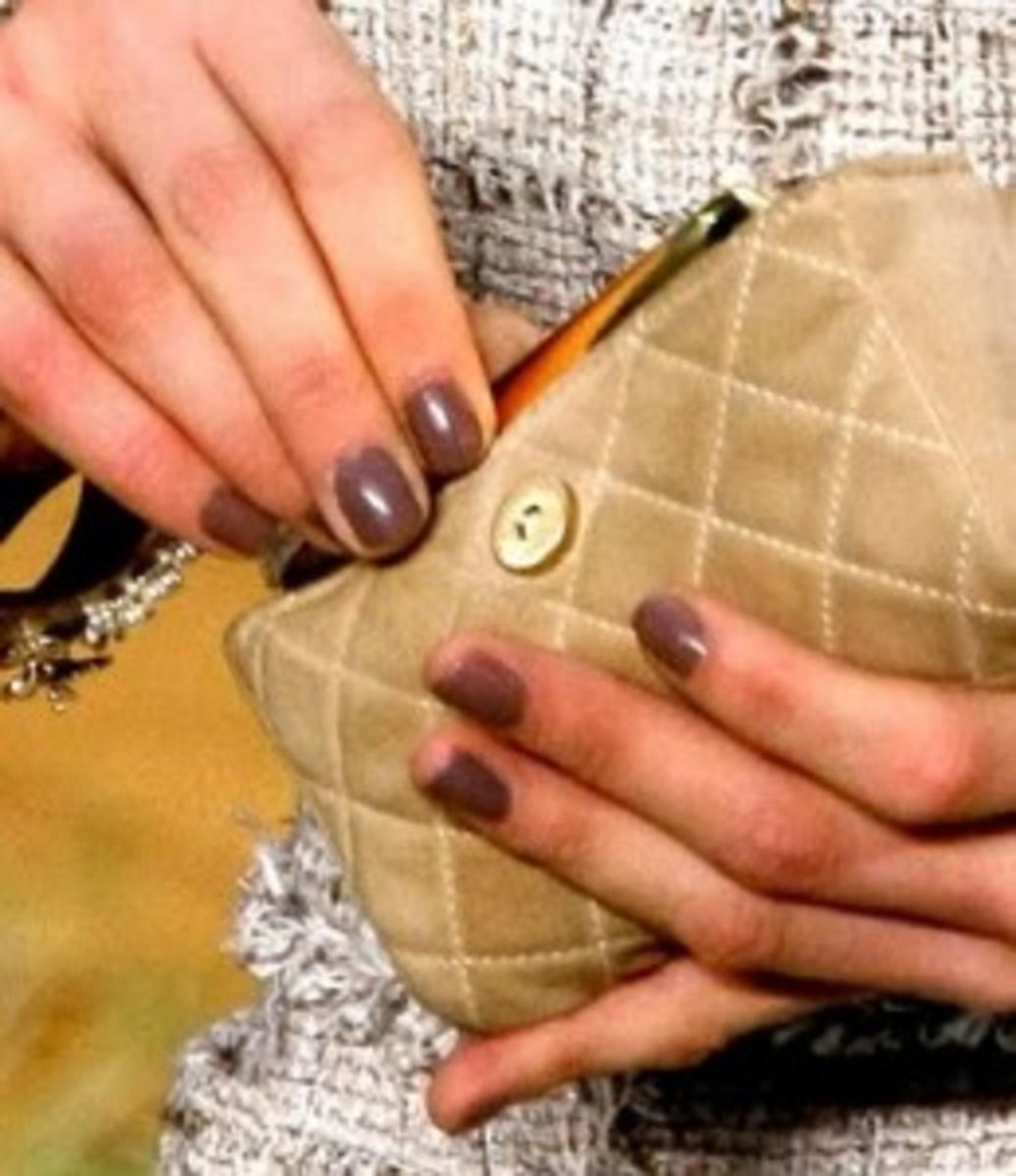 chanel-nail-polish-spring-2010-259x300