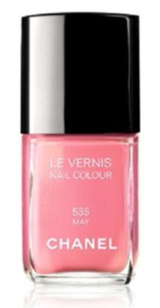 Chanel Le Vernis Nail Colour in May