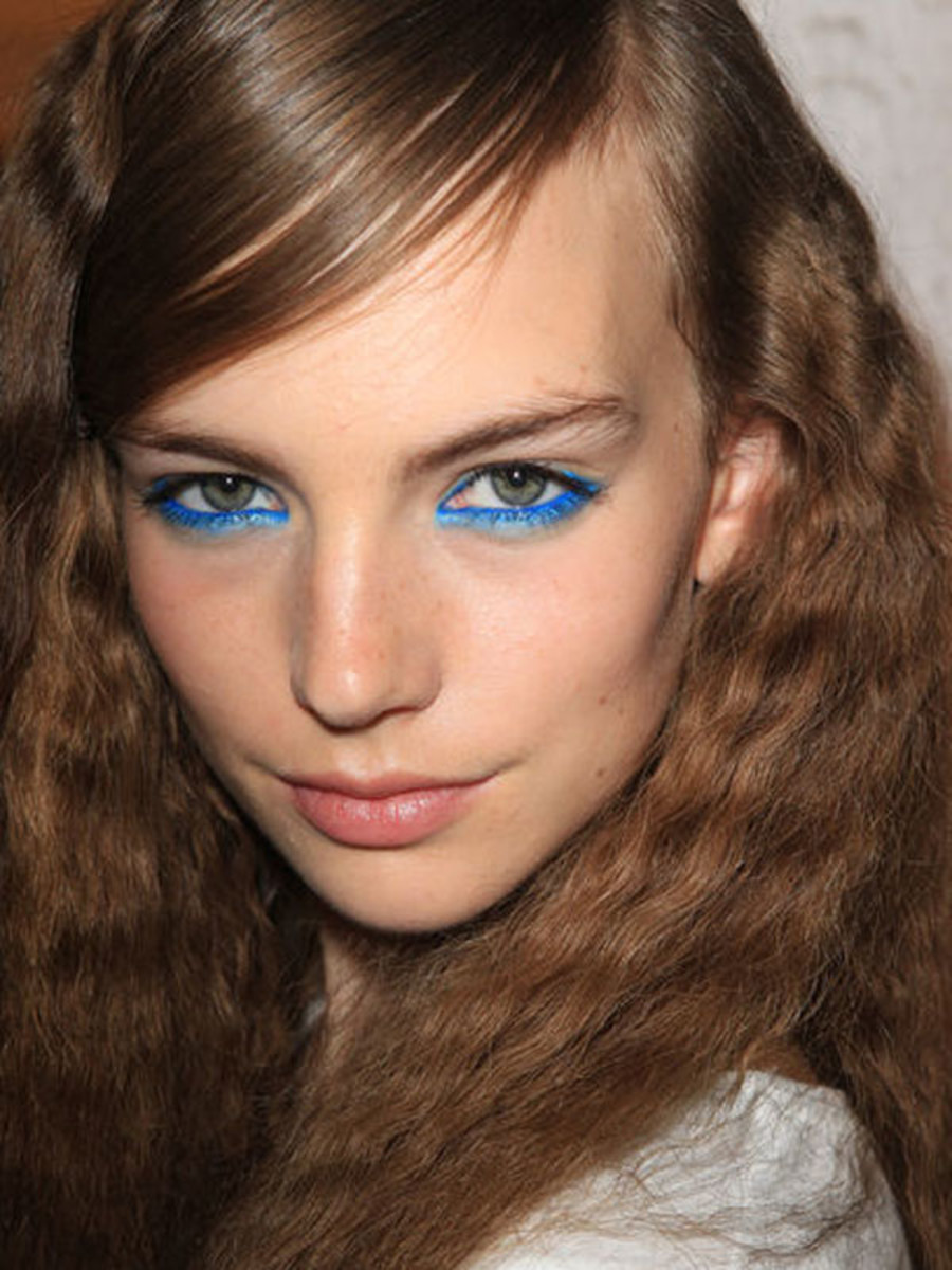 Moschino Cheap & Chic - Spring 2013 makeup