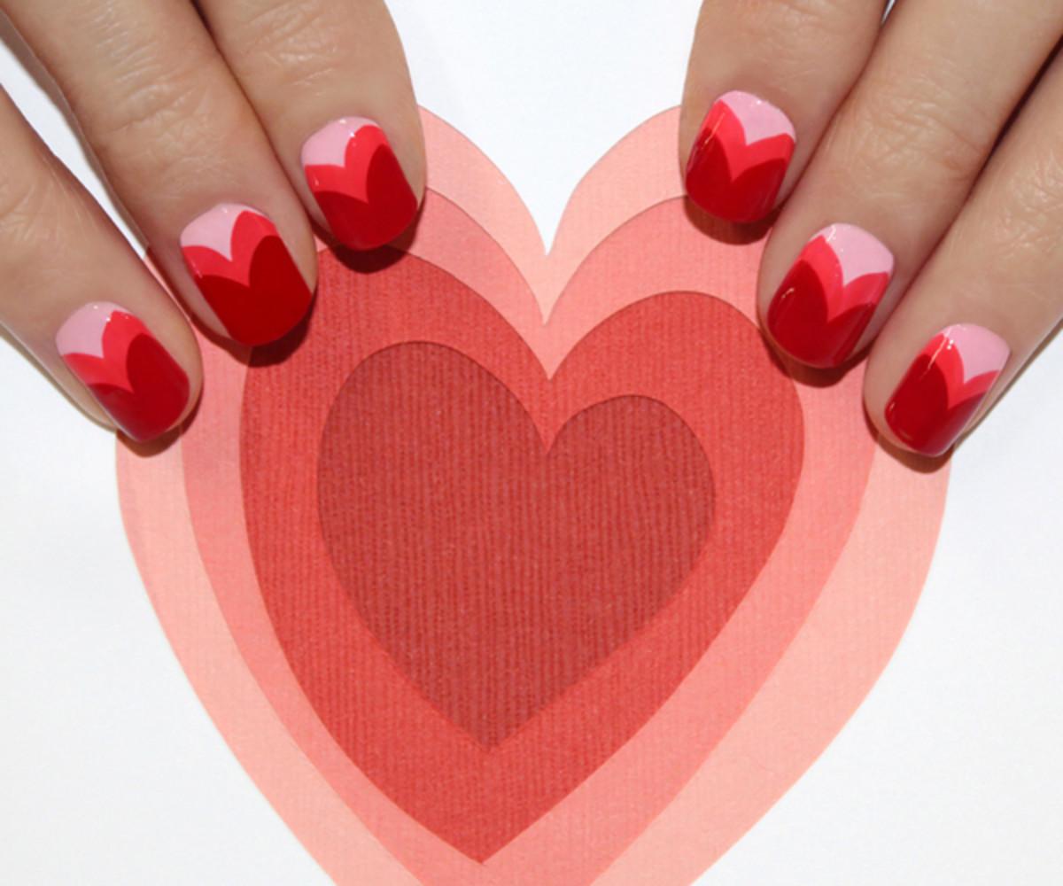 Heart manicure tutorial