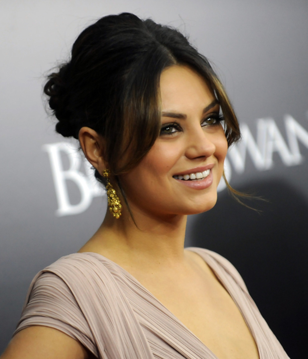 How to do a quick updo hairstyle beautyeditor mila kunis black swan 4 pmusecretfo Image collections