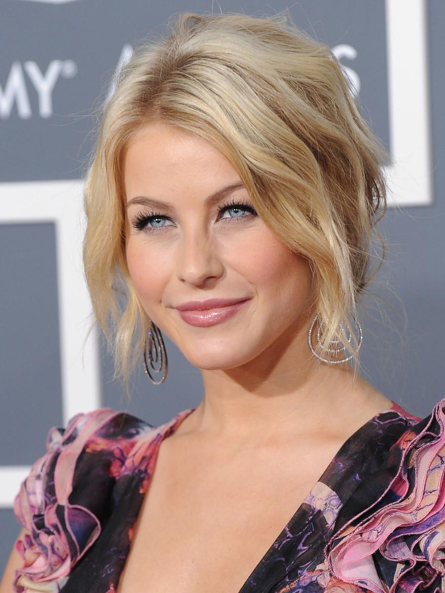 Julianne-Hough-2011-Grammy-Awards