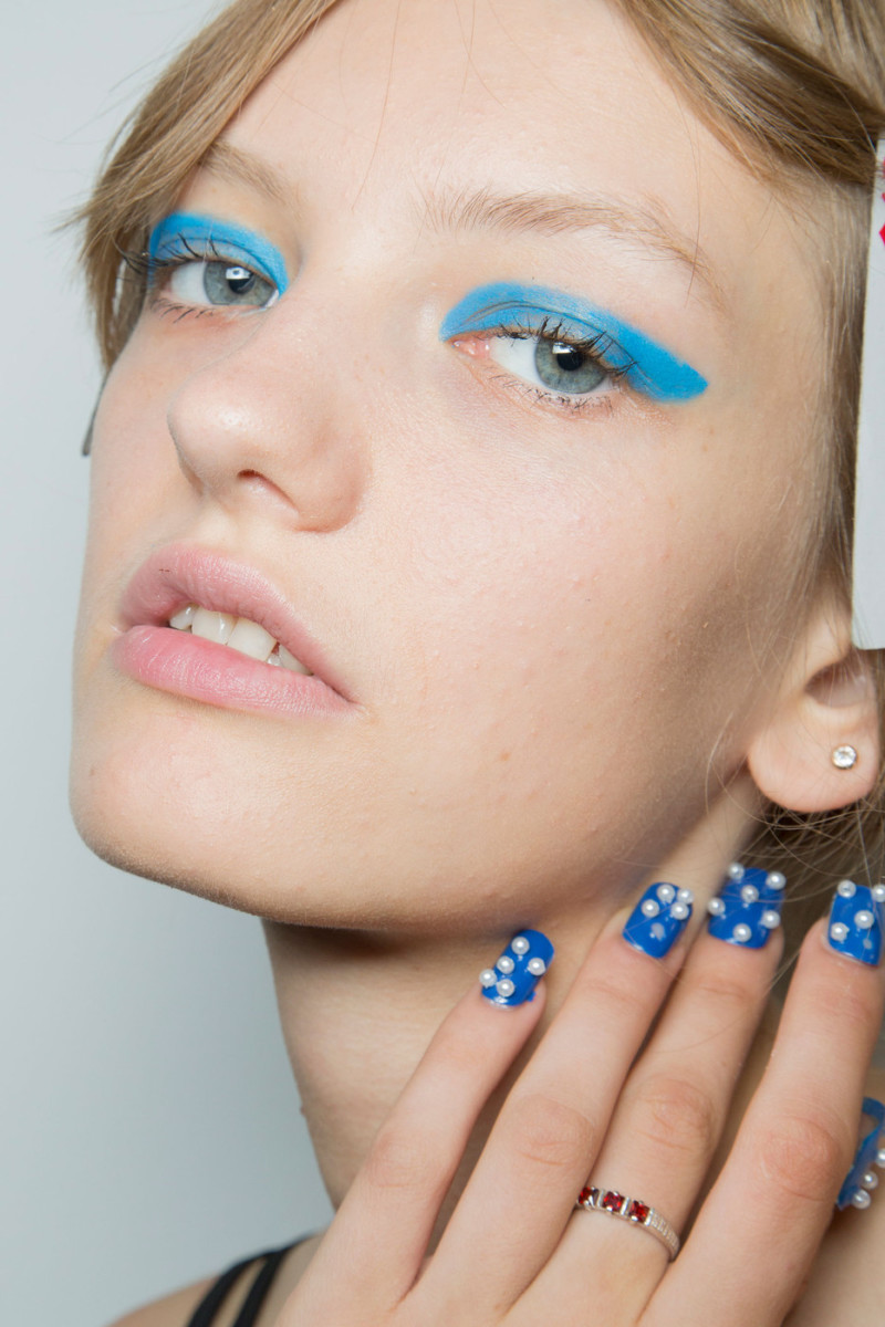 Honor Spring 2015 makeup