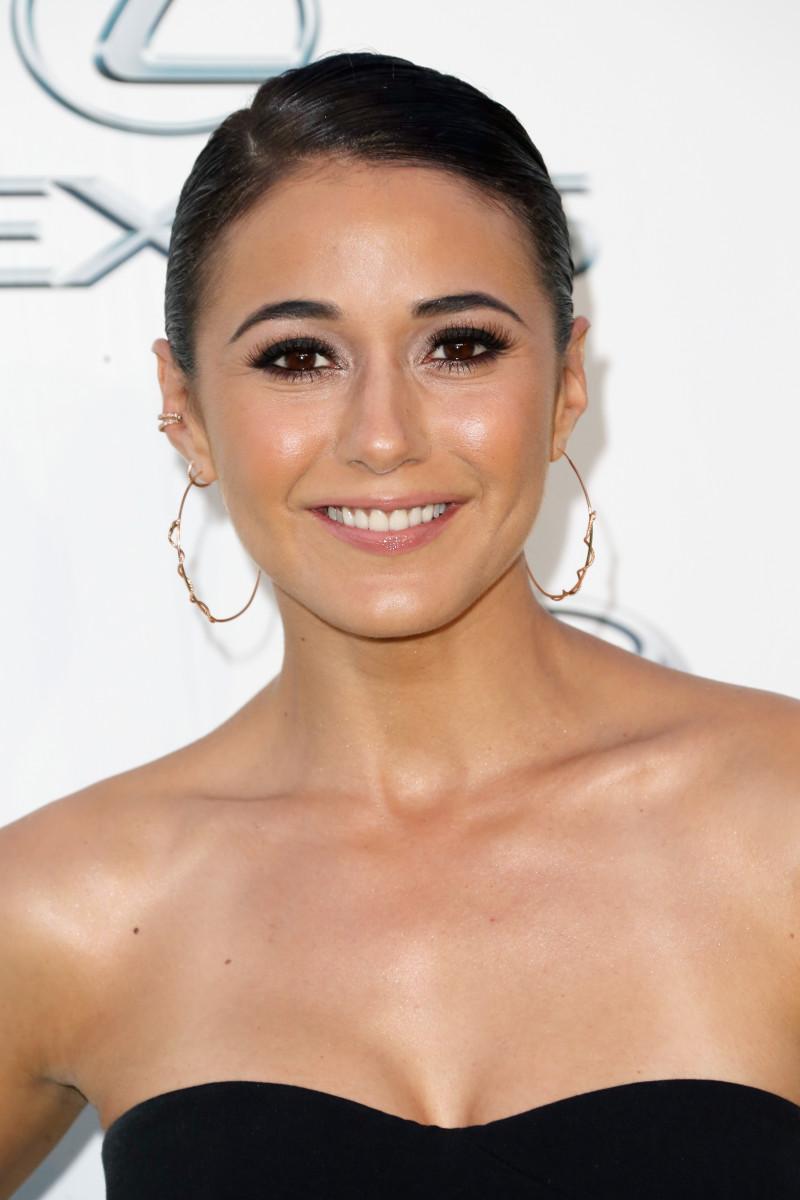 Emmanuelle Chriqui, EMA Awards 2015