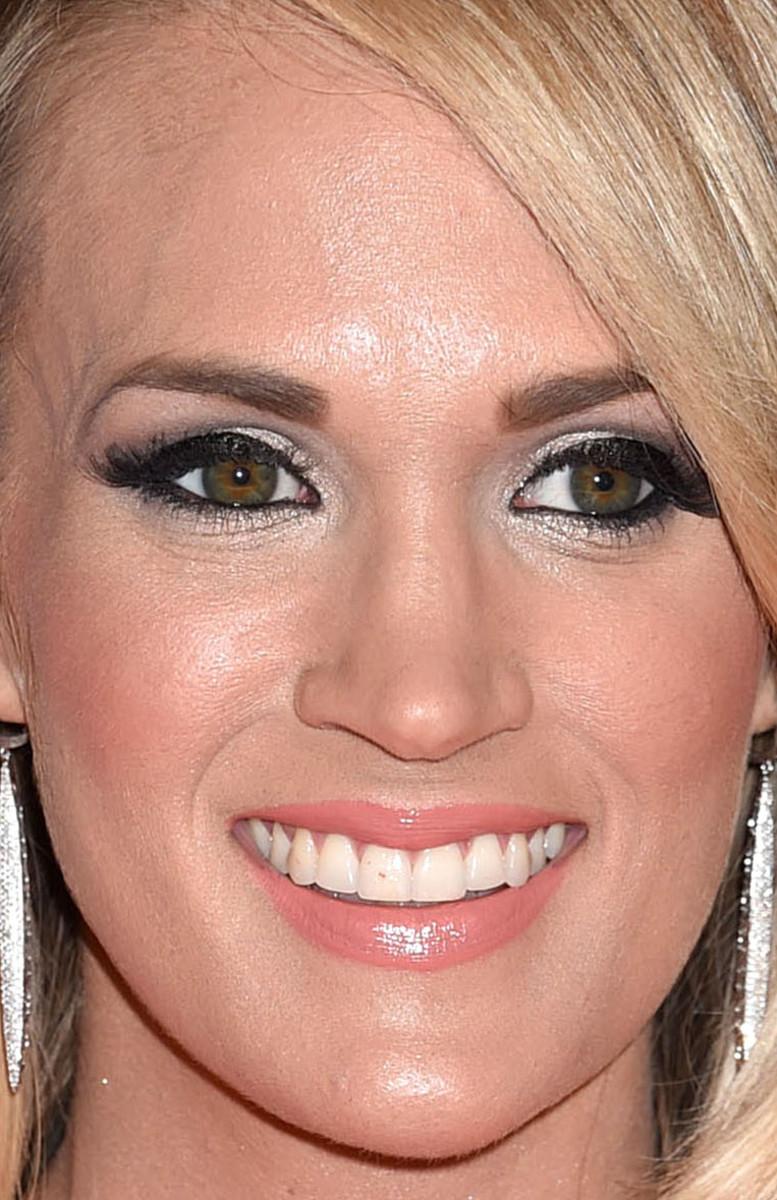 Carrie Underwood, CMA Awards 2015