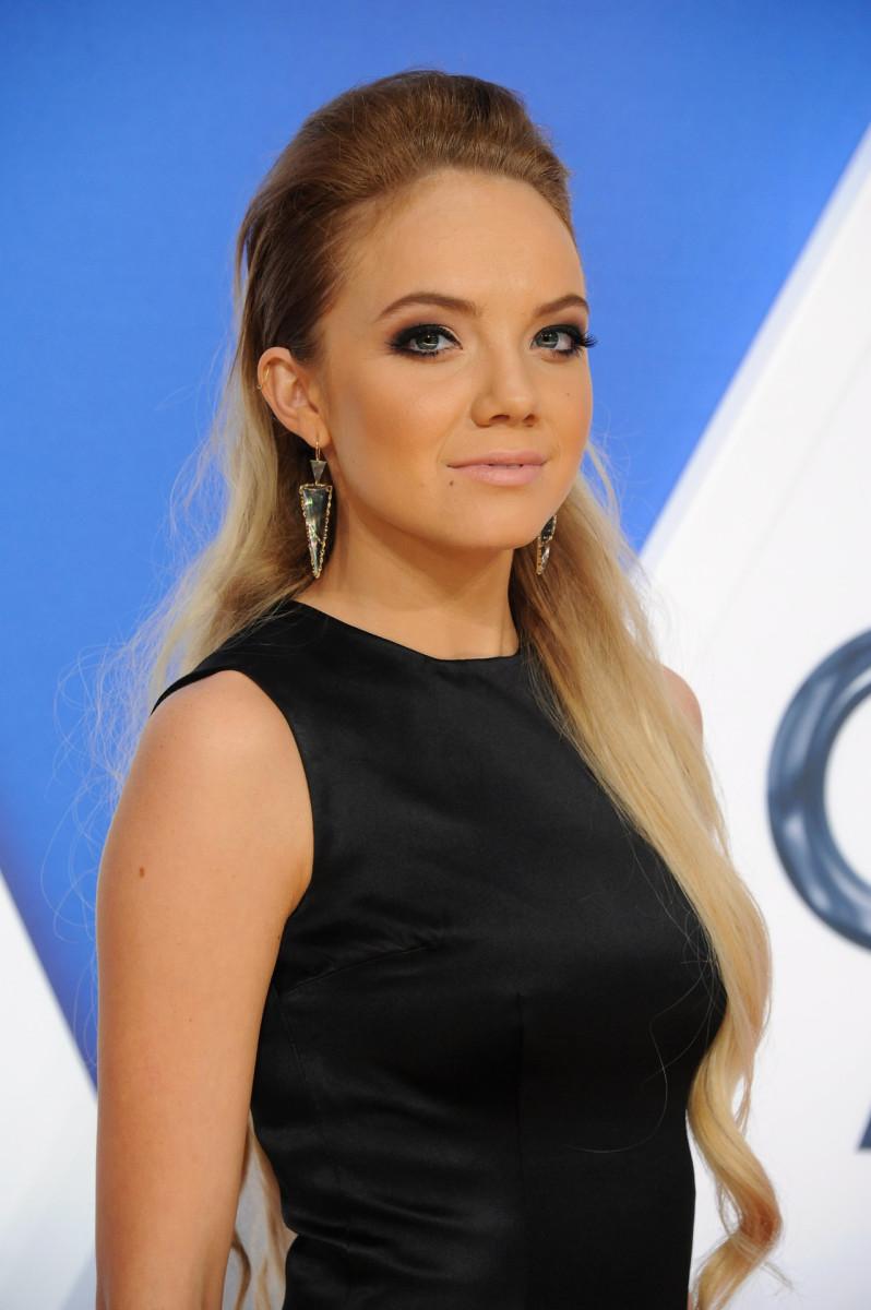 Danielle Bradbery, CMA Awards 2015