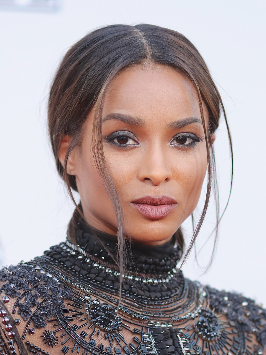 Ciara, American Music Awards 2015