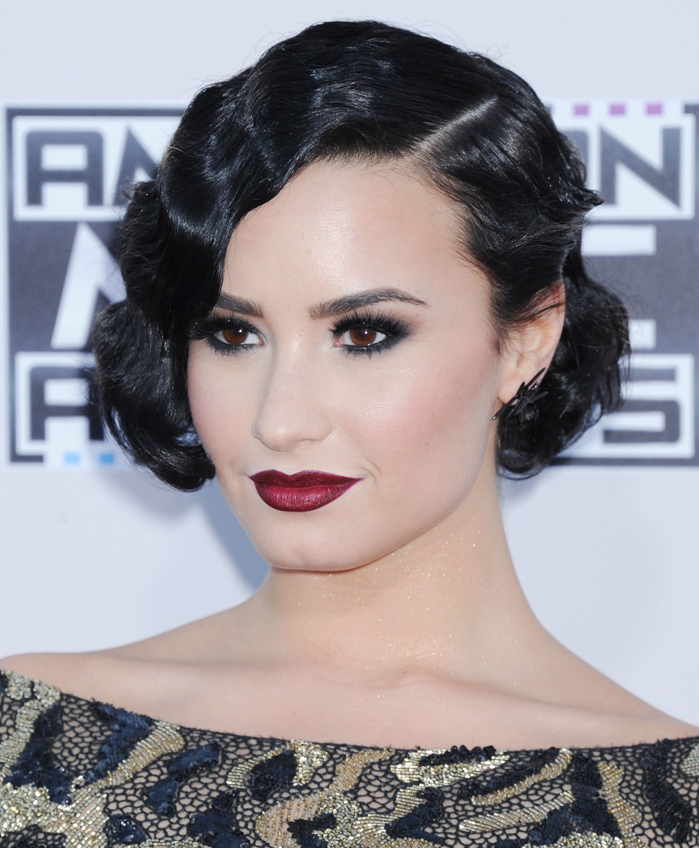 Demi Lovato, American Music Awards 2015