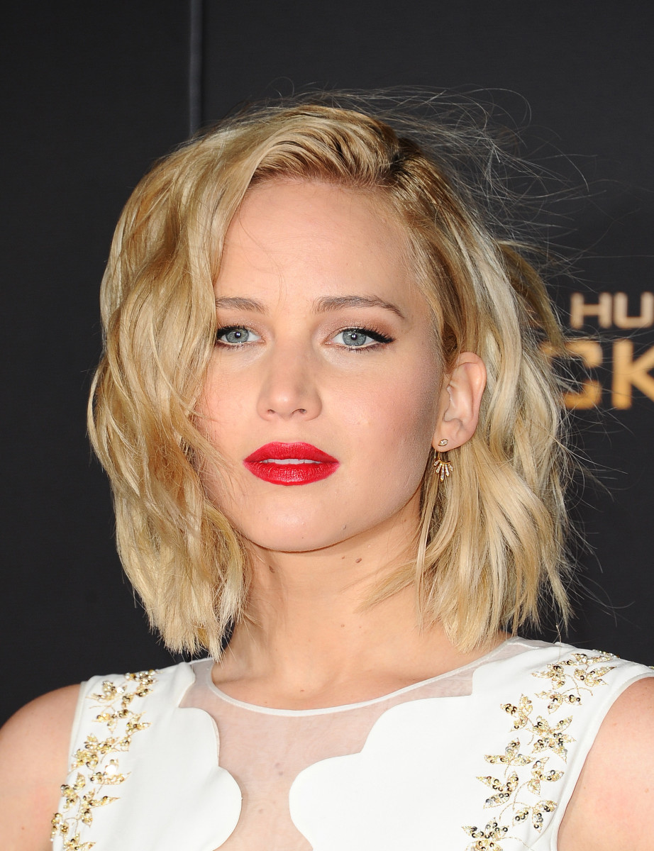 Jennifer Lawrence, The Hunger Games Mockingjay Part 2 Los Angeles premiere, 2015