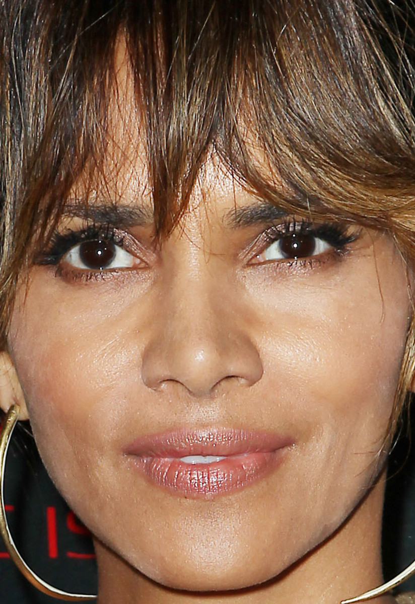 Halle Berry, Revlon Love is On Million Dollar Challenge celebration, 2015