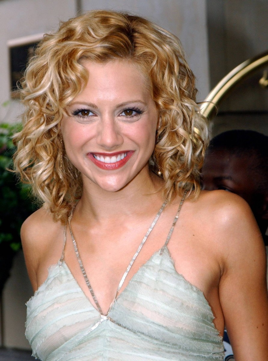 Brittany Murphy blonde curly hair