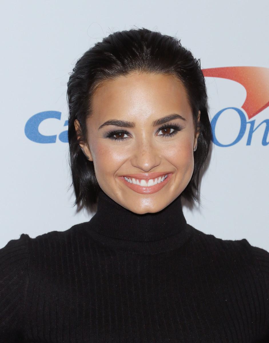 Demi Lovato, Z100 Jingle Ball 2015