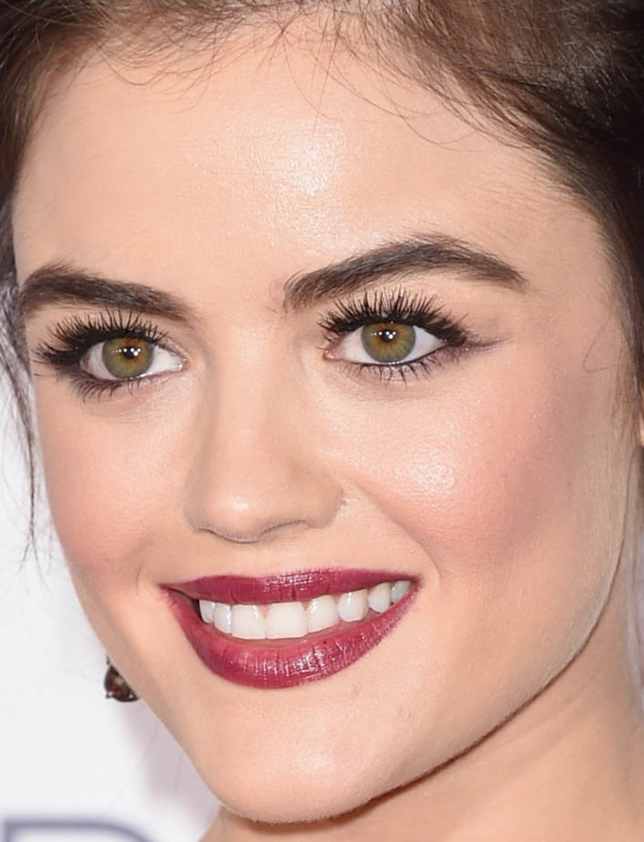 Lucy Hale, People's Choice Awards 2016