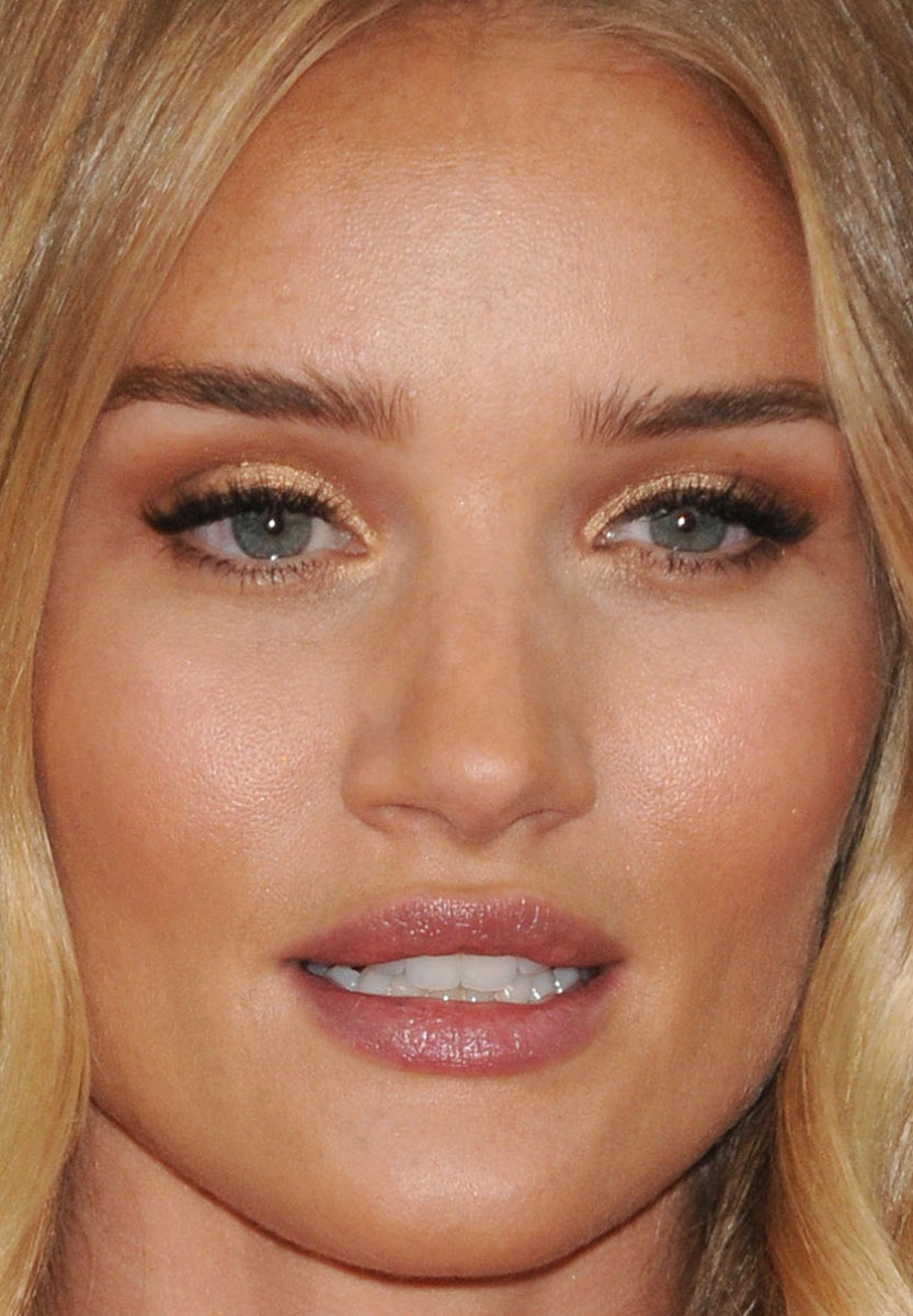 Rosie Huntington-Whiteley, Golden Globe Awards 2016