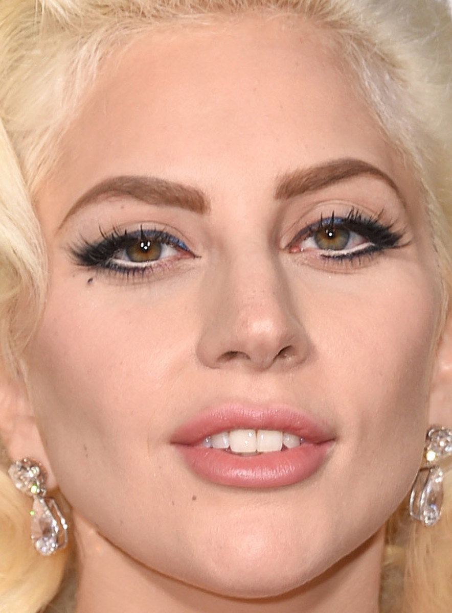 Lady Gaga, Golden Globe Awards 2016
