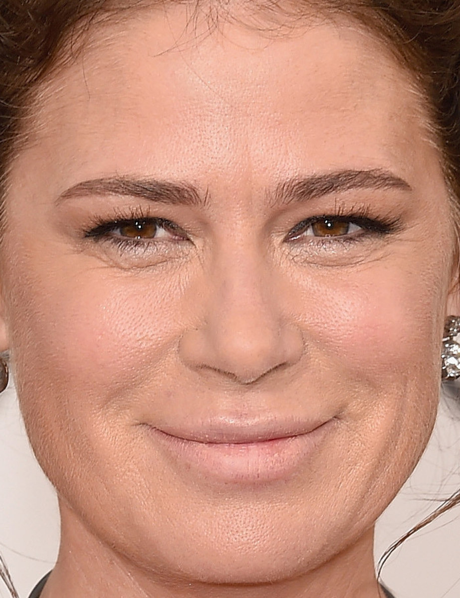 Maura Tierney, Golden Globe Awards 2016