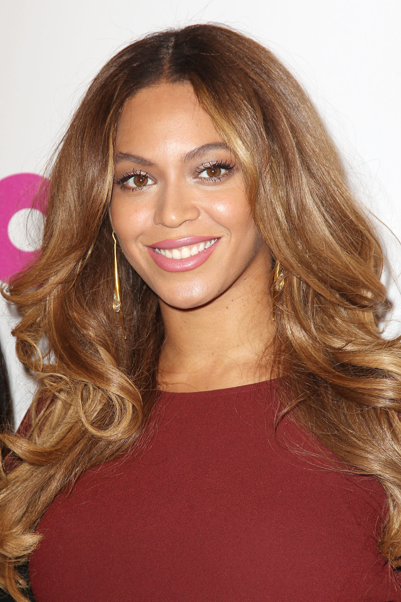 Beyonce, Billboard Women in Music Luncheon 2014