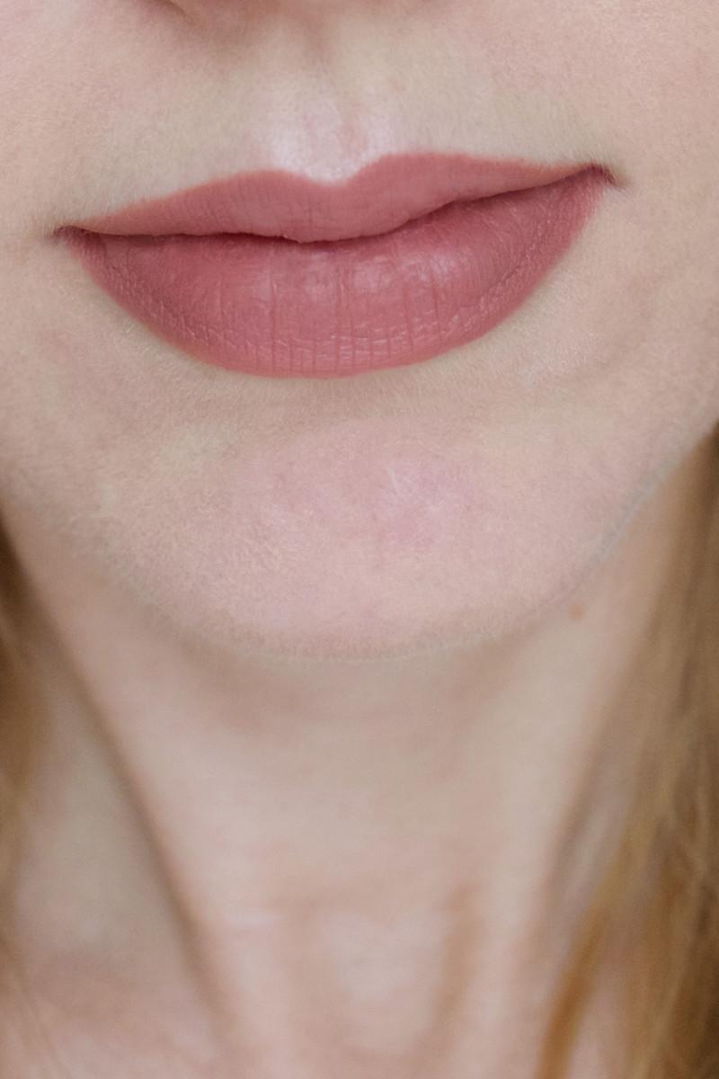 Urban Decay Ex-Girlfriend Lip Liner (swatch)