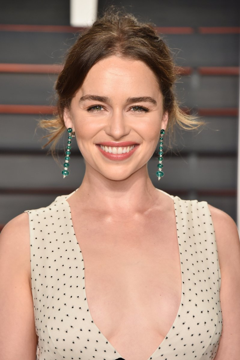 Emilia Clarke, Vanity Fair Oscar party, 2016