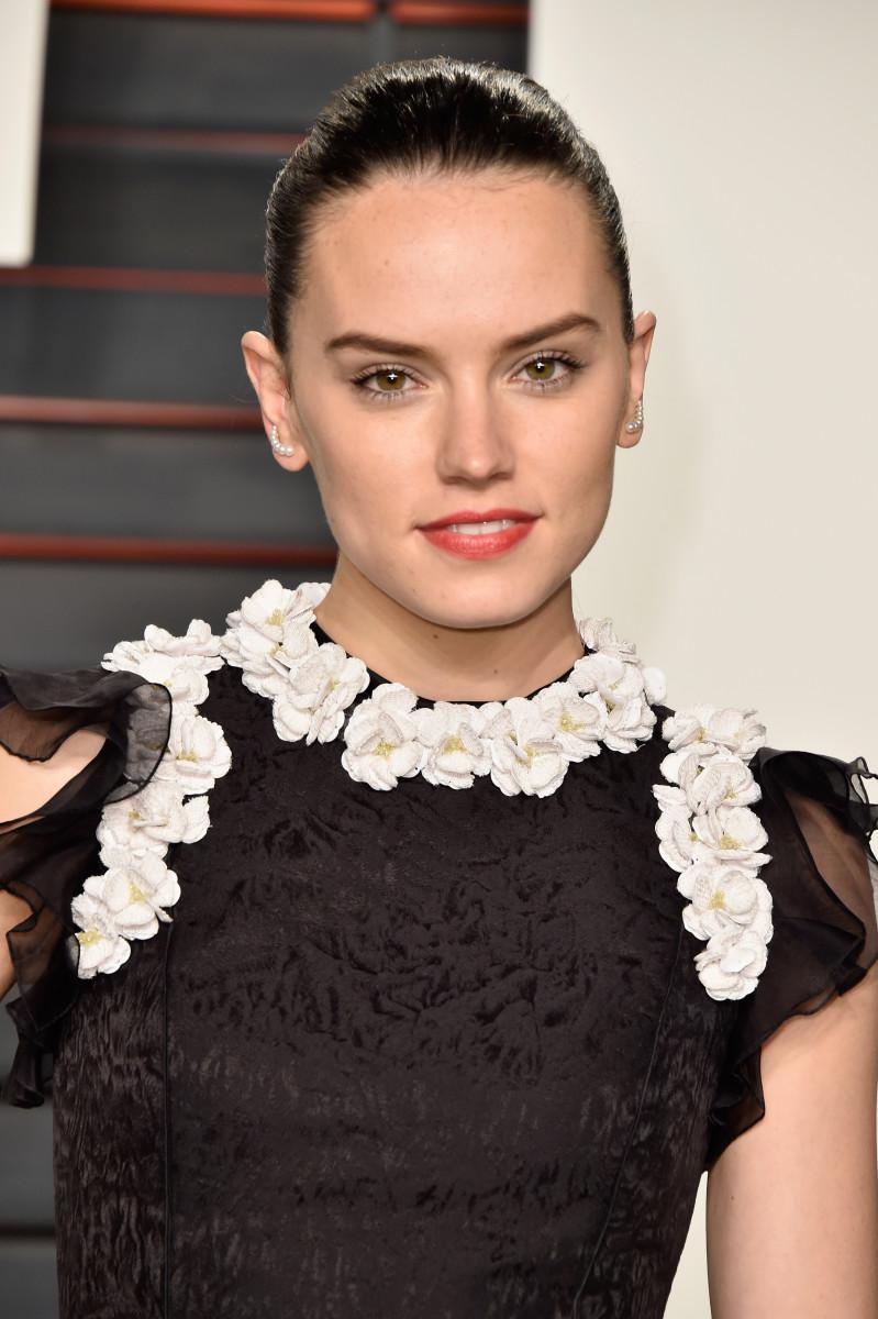 Daisy Ridley, Vanity Fair Oscar party, 2016
