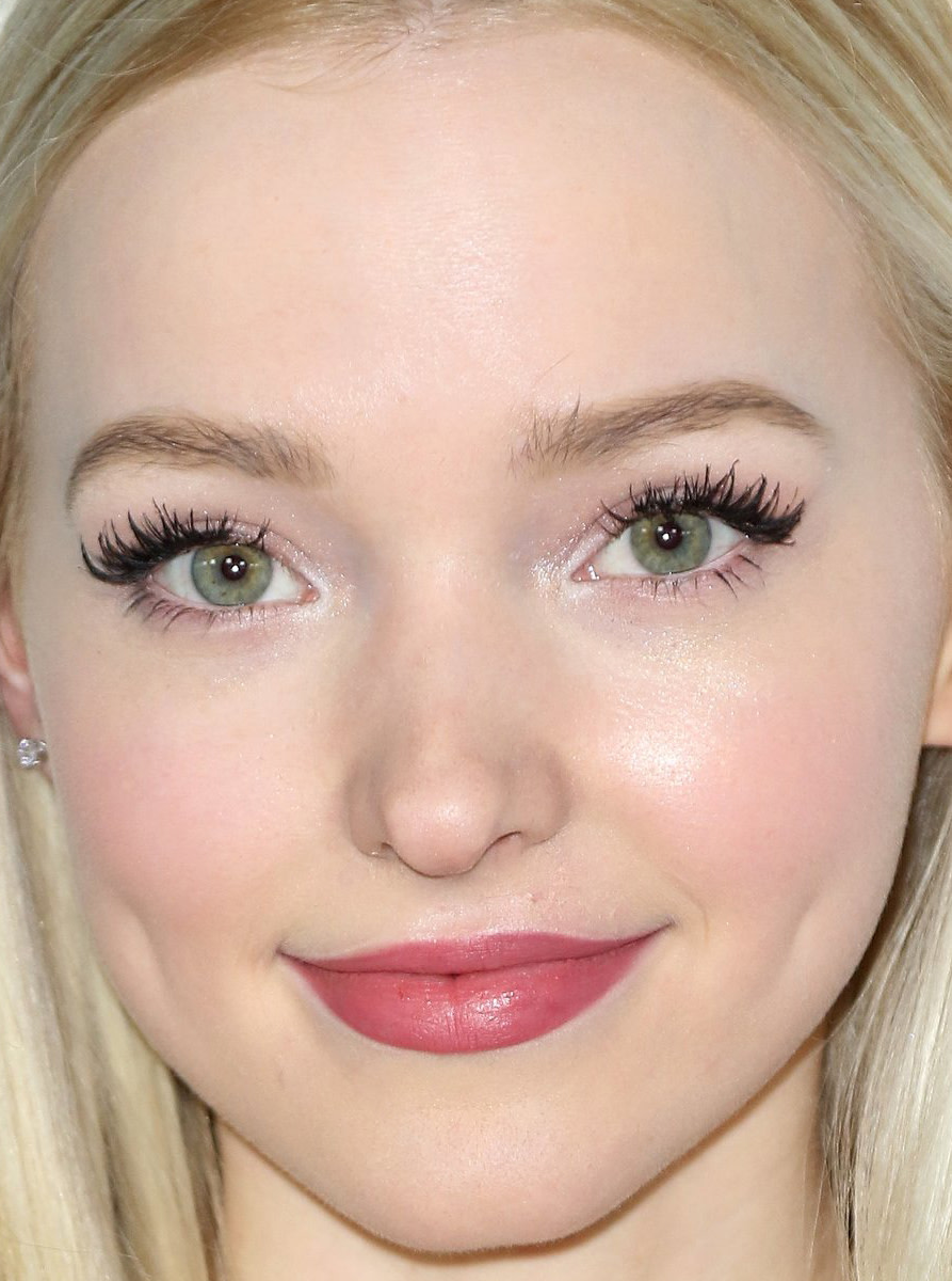 Dove Cameron, Make-Up Artists and Hair Stylists Guild Awards 2016