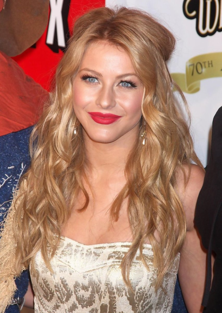 Julianne Hough, Wizard of Oz 70th anniversary screening and concert, 2009