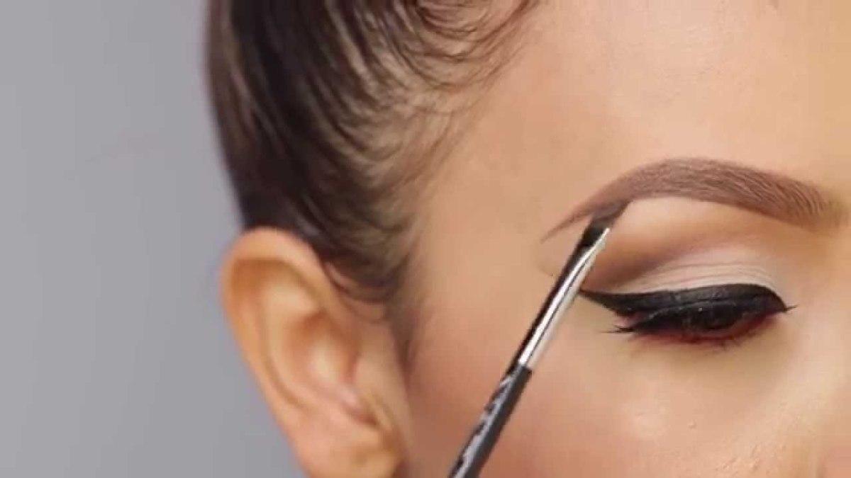 Desi Perkins eyebrow tutorial