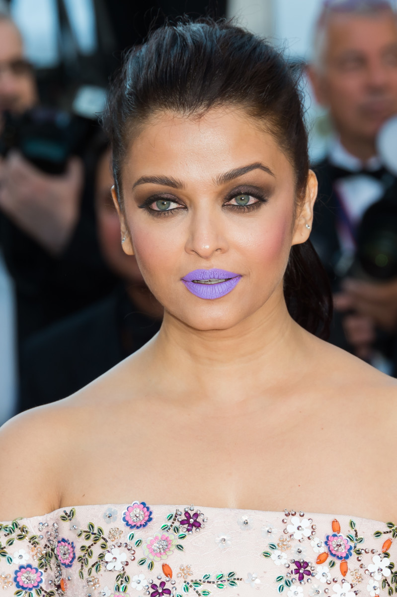 Aishwarya Rai, From the Land of the Moon Cannes premiere, 2016
