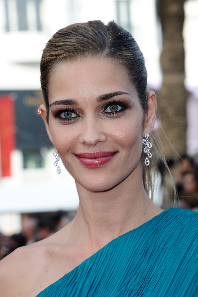 Ana Beatriz Barros, The Unknown Girl Cannes premiere, 2016