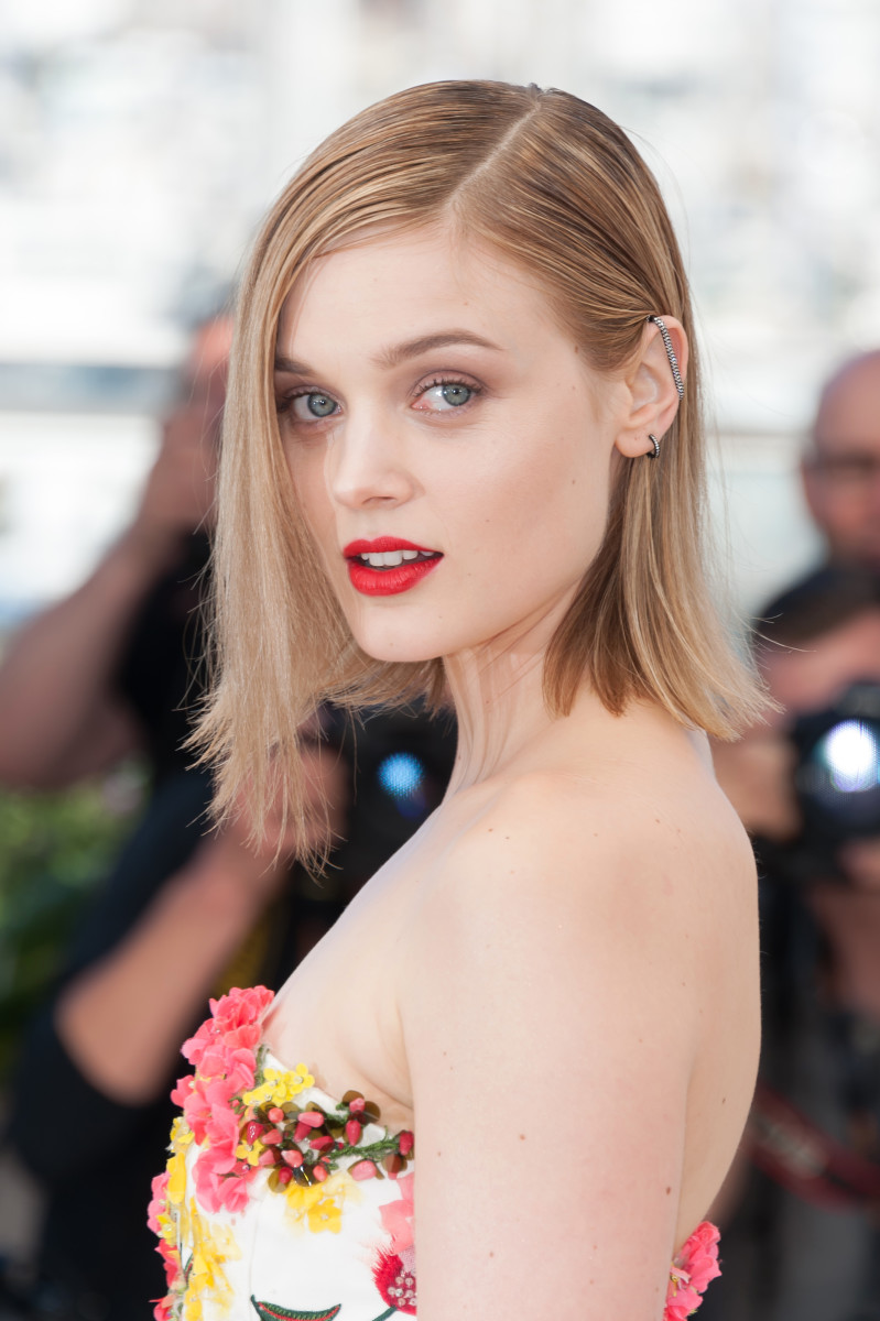 Bella Heathcote, The Neon Demon Cannes photocall, 2016