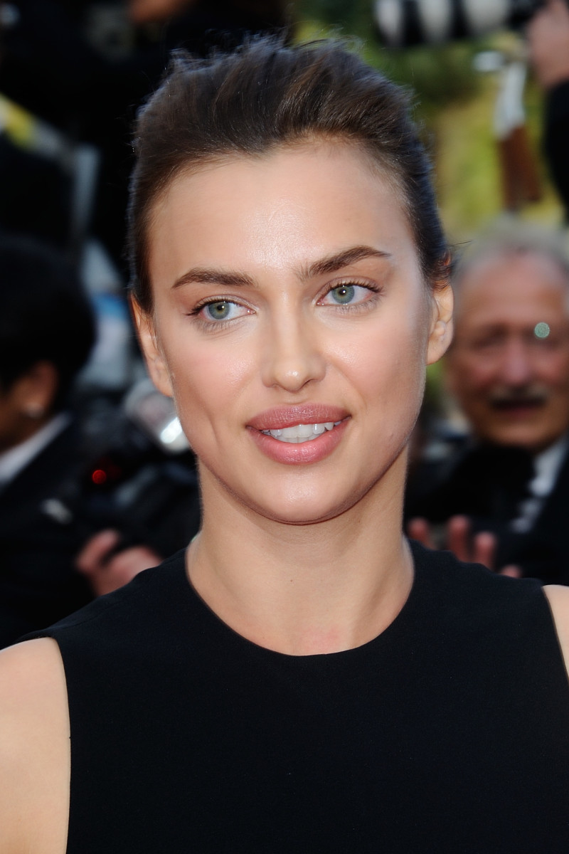 Irina Shayk, The Unknown Girl Cannes premiere, 2016