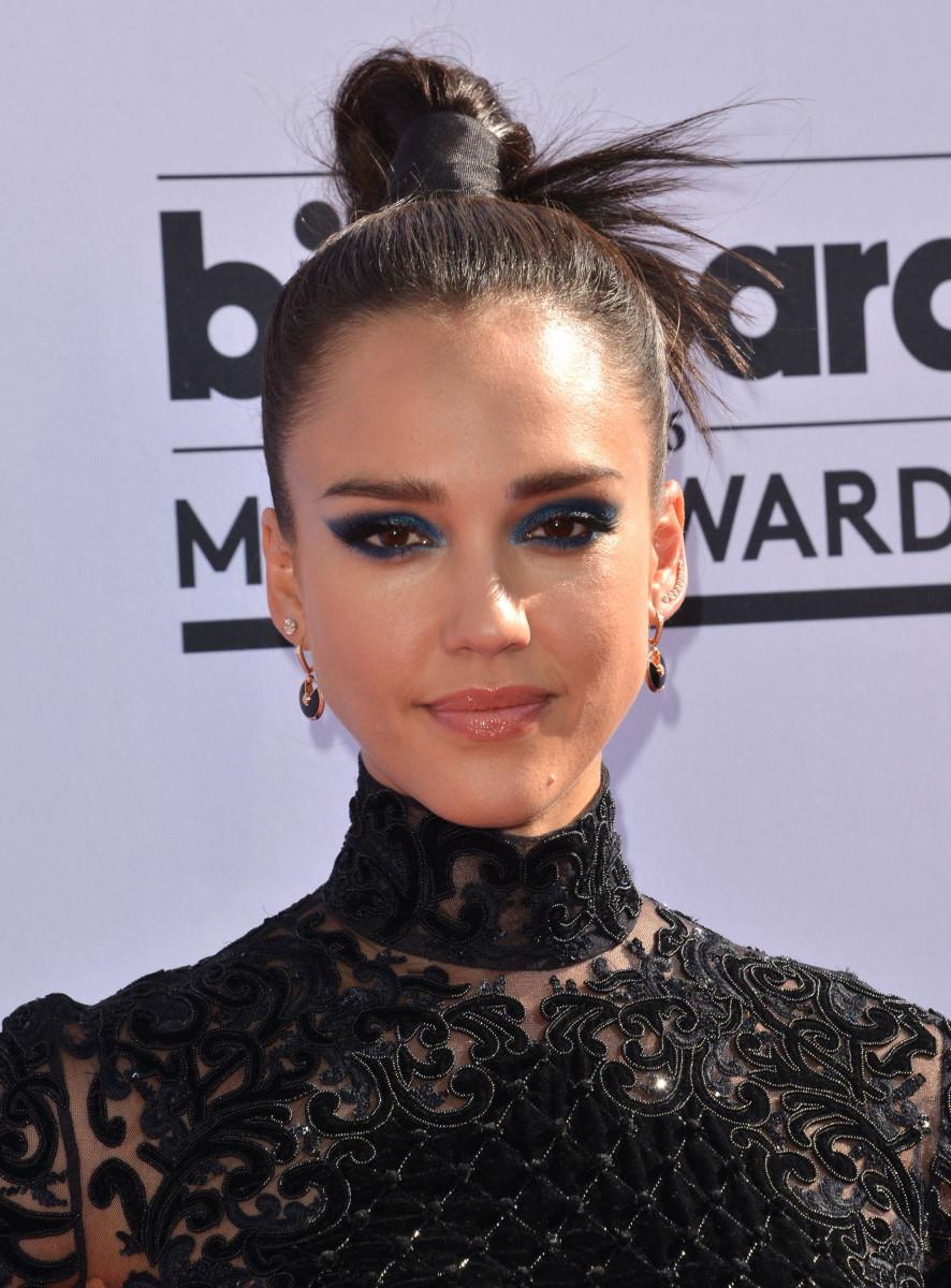Jessica Alba, Billboard Music Awards 2016