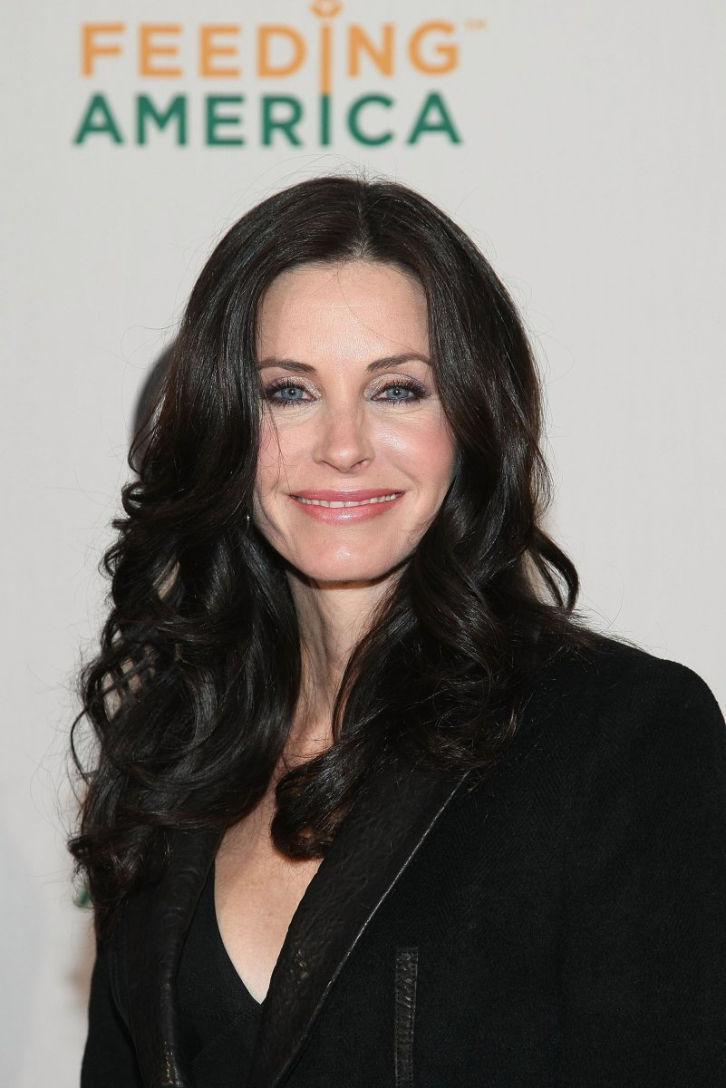 Courteney Cox, RIAA and Feeding America Charity Ball, 2009