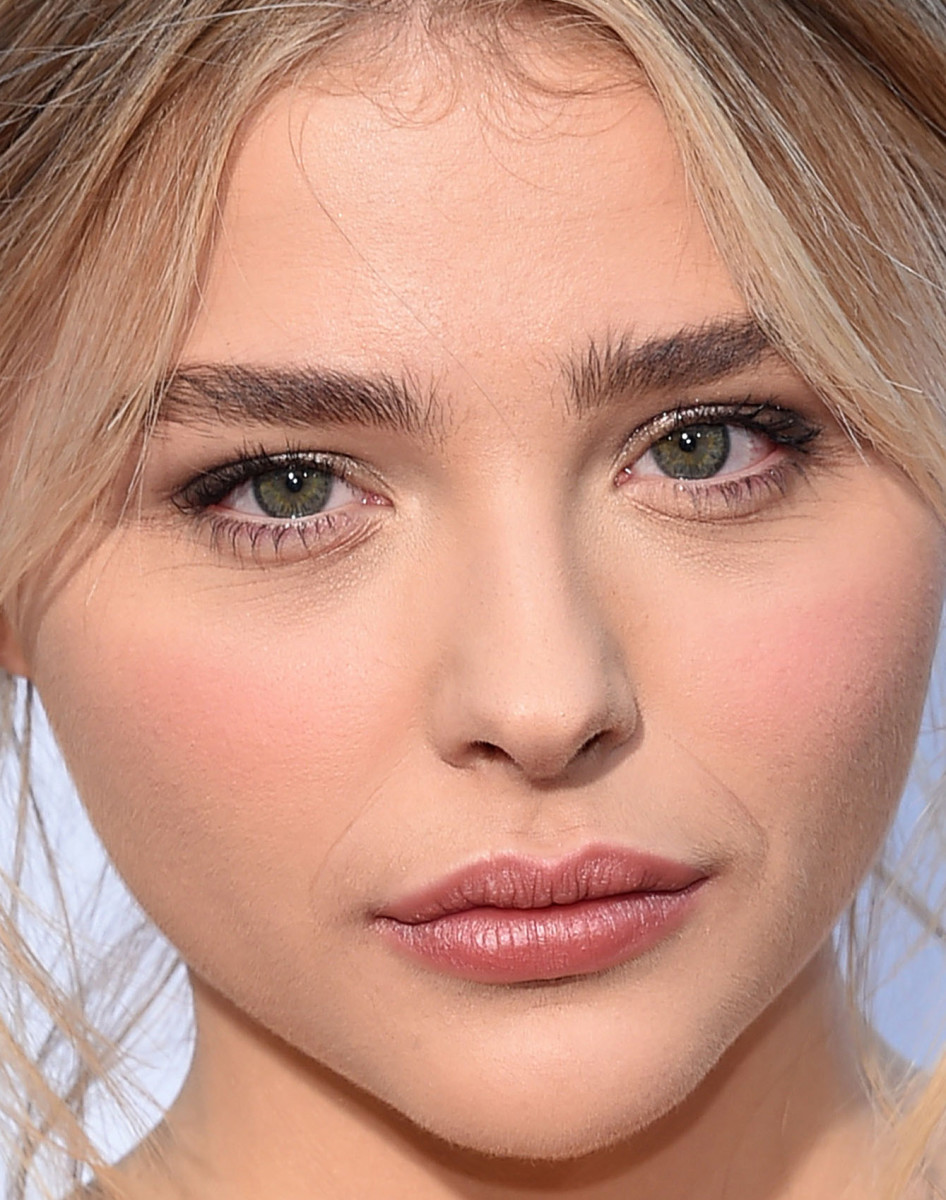 Chloe Moretz, Neighbours 2 Sorority Rising premiere, 2016