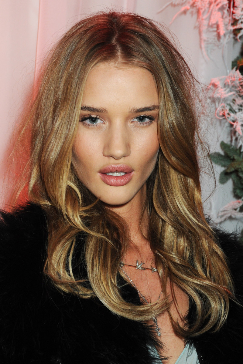 Rosie Huntington-Whiteley, Before and After - Beautyeditor Rosie Huntington Whiteley